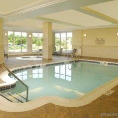 Отель Hilton Garden Inn Frederick бассейн