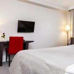 Отель Elite Stadshotellet Luleå сейф в номере
