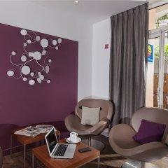 The Originals Hotel Paris Montmartre Apolonia (ex Comfort Lamarck) интерьер отеля