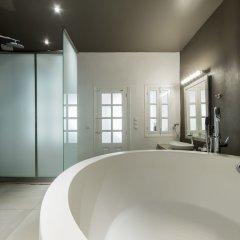Отель Amoudi Villas ванная фото 2