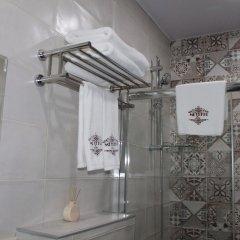 Отель Metekhi Line Грузия, Тбилиси - 1 отзыв об отеле, цены и фото номеров - забронировать отель Metekhi Line онлайн ванная фото 4
