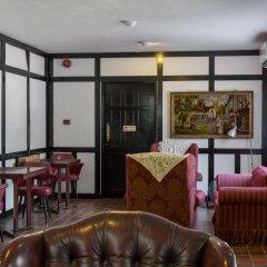Sloane Court Hotel гостиничный бар