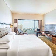 Royal Orchid Sheraton Hotel & Towers комната для гостей фото 5
