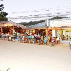 Jinda Hostel пляж
