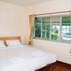 Отель Nuchjaree Place комната для гостей
