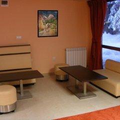 Отель Iceberg Pamporovo Пампорово комната для гостей фото 2