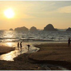 Отель Hometel Hotel Таиланд, Краби - отзывы, цены и фото номеров - забронировать отель Hometel Hotel онлайн пляж
