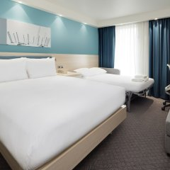 Отель Hampton by Hilton London Docklands комната для гостей фото 5