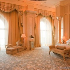 Отель Emirates Palace Abu Dhabi комната для гостей фото 4