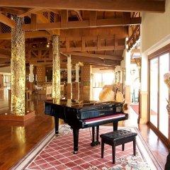 Отель Andaman Princess Resort & Spa интерьер отеля