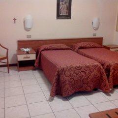 Отель Il Chiostro Италия, Вербания - 1 отзыв об отеле, цены и фото номеров - забронировать отель Il Chiostro онлайн комната для гостей фото 2
