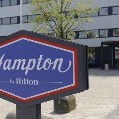 Отель Hampton by Hilton Amsterdam Airport Schiphol парковка