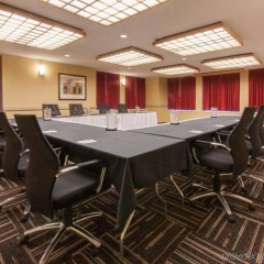 Отель Red Roof Inn PLUS+ Columbus Downtown - Convention Center