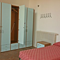 Хостел Orsa Maggiore (только для женщин) комната для гостей фото 3