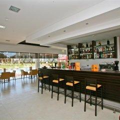 Areias Village Beach Suite Hotel гостиничный бар