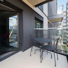 Отель ShortStayPoland Mennica Residence (B51) балкон