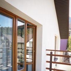 Гостиница Alpina в Красной Поляне отзывы, цены и фото номеров - забронировать гостиницу Alpina онлайн Красная Поляна балкон