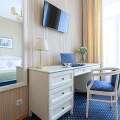Гостиница Астон 4* Стандартный номер с двуспальной кроватью фото 12