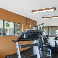 Отель Comfort Suites Plainview фитнесс-зал фото 4