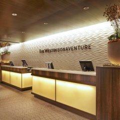 Отель The Westin Bonaventure Hotel & Suites США, Лос-Анджелес - отзывы, цены и фото номеров - забронировать отель The Westin Bonaventure Hotel & Suites онлайн интерьер отеля