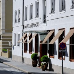 Hotel And Villa Auersperg Зальцбург вид на фасад