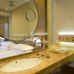 Отель Harbour Grand Hong Kong ванная фото 2