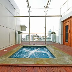 Отель Jannah Marina Bay Suites бассейн