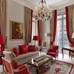 Hotel Plaza Athenee Париж комната для гостей фото 4