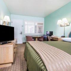 Отель Travelodge by Wyndham Berkeley США, Беркли - отзывы, цены и фото номеров - забронировать отель Travelodge by Wyndham Berkeley онлайн комната для гостей фото 2