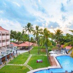 Paradise Beach Hotel бассейн