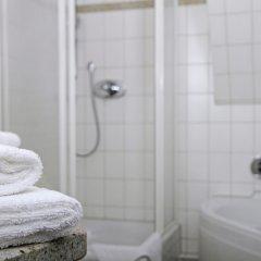 Отель im Haus zur Hanse Германия, Брауншвейг - отзывы, цены и фото номеров - забронировать отель im Haus zur Hanse онлайн ванная