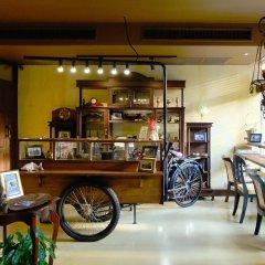 Отель Old Capital Bike Inn питание