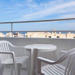 Отель Apartamentos Playasol My Tivoli Испания, Ивиса - отзывы, цены и фото номеров - забронировать отель Apartamentos Playasol My Tivoli онлайн балкон