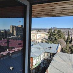Отель Diwan Hostel Грузия, Тбилиси - отзывы, цены и фото номеров - забронировать отель Diwan Hostel онлайн балкон