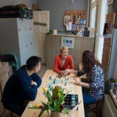 Отель Hostel Cosmos Amsterdam Нидерланды, Амстердам - отзывы, цены и фото номеров - забронировать отель Hostel Cosmos Amsterdam онлайн питание фото 2