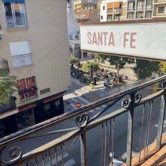 Отель Pensión Santa Fe Испания, Фуэнхирола - отзывы, цены и фото номеров - забронировать отель Pensión Santa Fe онлайн балкон