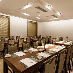 Отель Loisir Hotel Seoul Myeongdong Южная Корея, Сеул - 3 отзыва об отеле, цены и фото номеров - забронировать отель Loisir Hotel Seoul Myeongdong онлайн питание