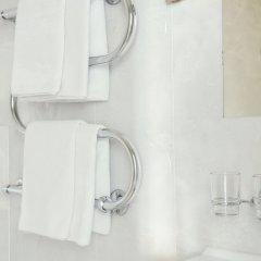 Отель Amicus Hotel Литва, Вильнюс - 5 отзывов об отеле, цены и фото номеров - забронировать отель Amicus Hotel онлайн ванная