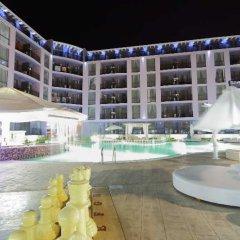 Отель Rainbow 3 Resort Club бассейн