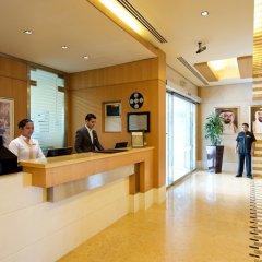 Отель TIME Ruby Hotel Apartments ОАЭ, Шарджа - 1 отзыв об отеле, цены и фото номеров - забронировать отель TIME Ruby Hotel Apartments онлайн интерьер отеля фото 2