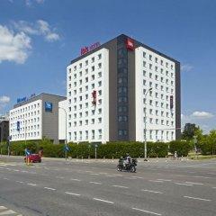 Отель Ibis Warszawa Reduta Польша, Варшава - 13 отзывов об отеле, цены и фото номеров - забронировать отель Ibis Warszawa Reduta онлайн парковка