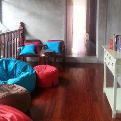 Ai Phuket Hostel интерьер отеля
