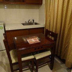 Отель Cherry Blossoms Hotel Филиппины, Манила - отзывы, цены и фото номеров - забронировать отель Cherry Blossoms Hotel онлайн в номере