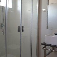 Отель Hostal Restaurante Nevandi ванная