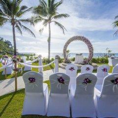 Отель Katathani Phuket Beach Resort бассейн фото 3