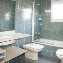 Отель Figaro Испания, Льорет-де-Мар - отзывы, цены и фото номеров - забронировать отель Figaro онлайн ванная