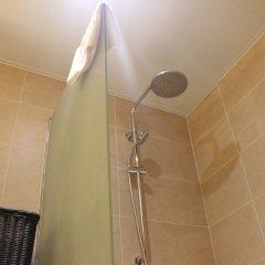 Отель Bintumani Hotel Сьерра-Леоне, Фритаун - отзывы, цены и фото номеров - забронировать отель Bintumani Hotel онлайн ванная