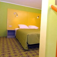 Braavo Spa Hotel сейф в номере