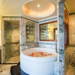 Отель Royal Wing Suites & Spa Таиланд, Паттайя - 3 отзыва об отеле, цены и фото номеров - забронировать отель Royal Wing Suites & Spa онлайн ванная фото 2