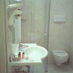Отель Cinque Giornate Италия, Милан - отзывы, цены и фото номеров - забронировать отель Cinque Giornate онлайн ванная фото 2
